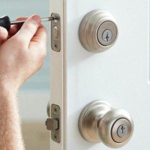 6 servicios que quizás no sabías que puede realizar un cerrajero